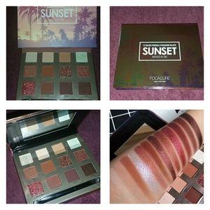 NEW Focallure Sunset Eyeshadow Palette